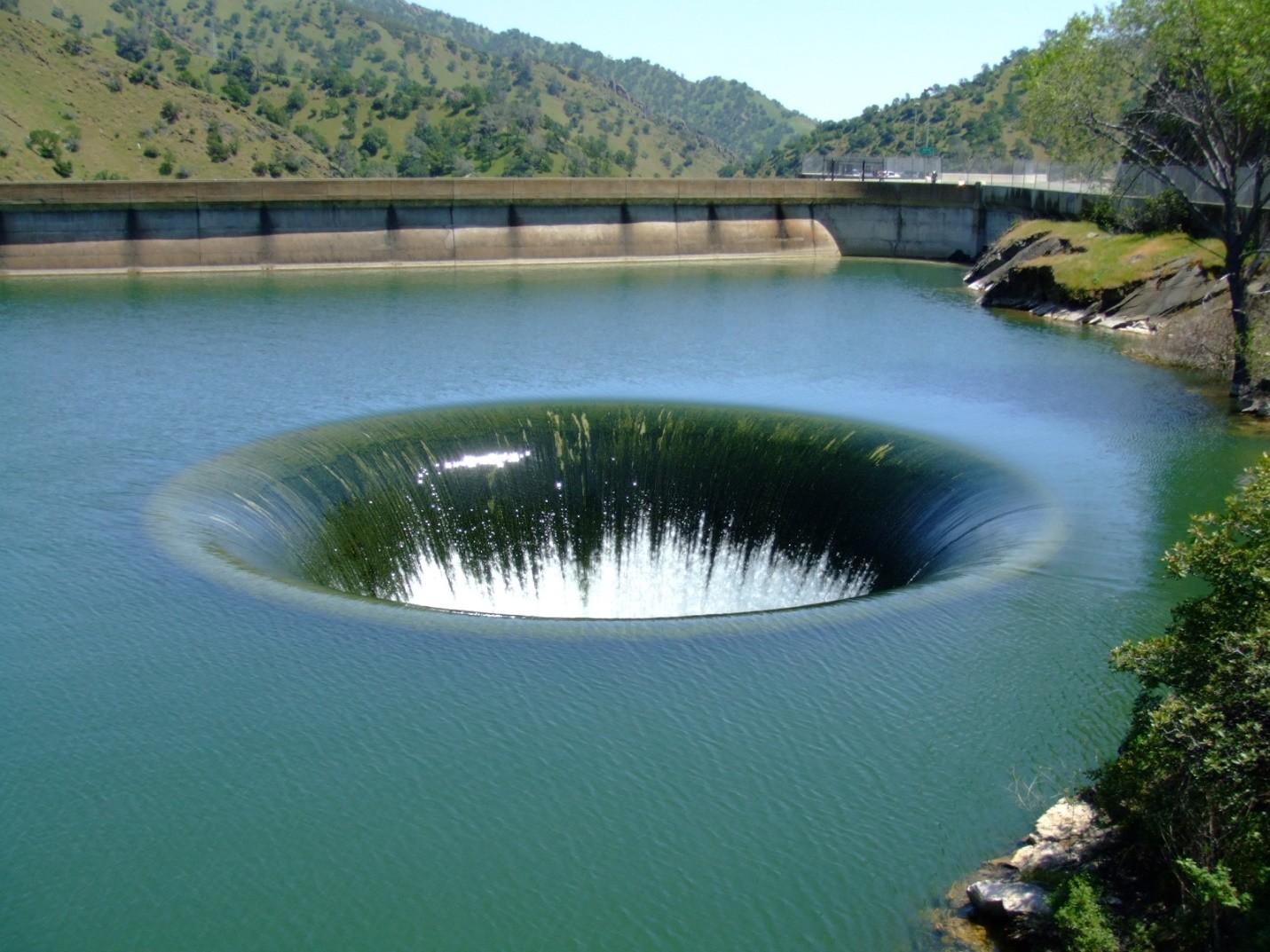 Monticello Dam4